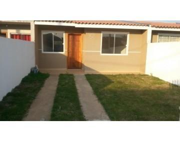 Casa nova em Fazenda Rio Grande, 2 quartos, no Bairro Eucaliptos.