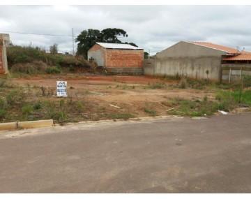 Terreno à venda no Bairro Estados, Fazenda Rio Grande.