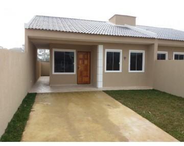 Casa no condomínio Green Field em Fazenda Rio Grande, 3 quartos.