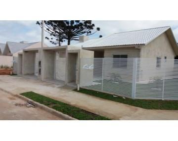 Casa  de esquina em Fazenda Rio Grande,  casa com 3 quartos.