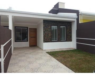 Casa em Fazenda Rio Grande, 3 Quartos, com ótimo acabamento.