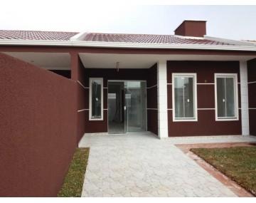 Casa no Green Field, Bairro Eucaliptos, em Fazenda Rio Grande.