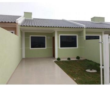 Casa com 3 quartos em Fazenda Rio Grande,  no Bairro Eucaliptos.