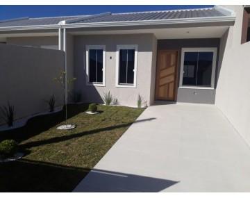 Casa em Fazenda Rio Grande, 2 quartos, no condomínio Green Field.